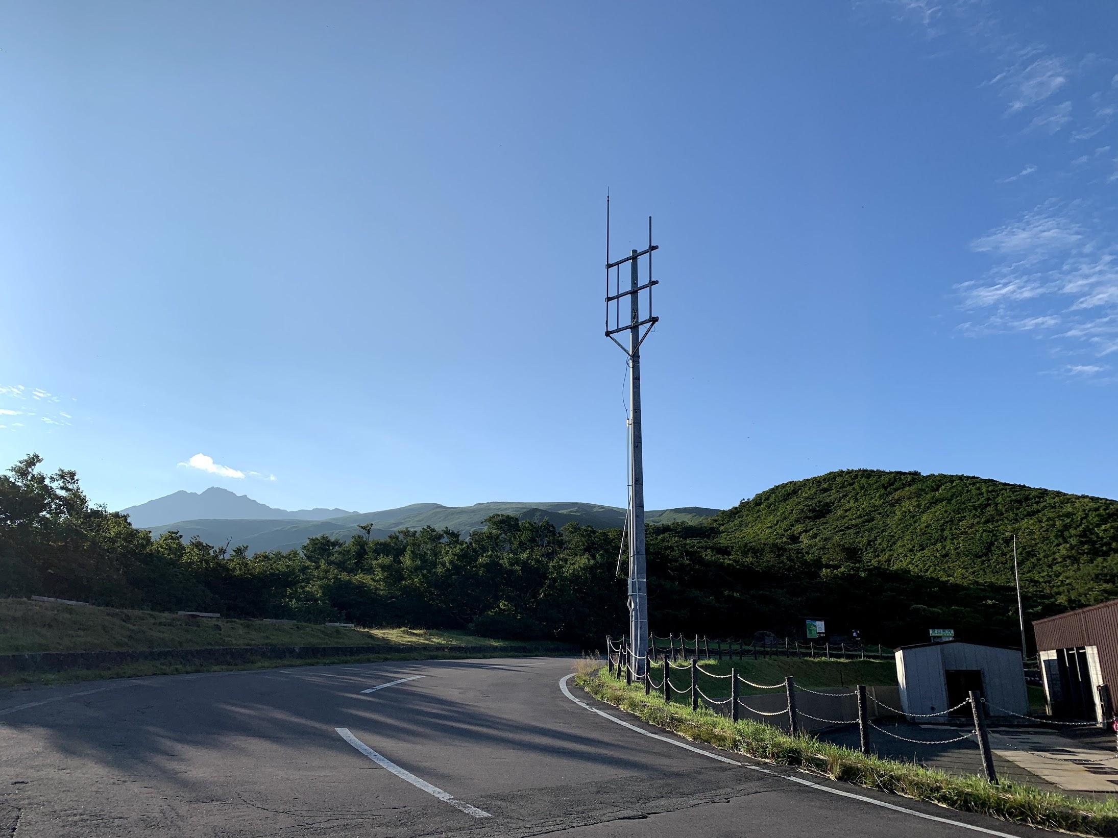 目指す鳥海山