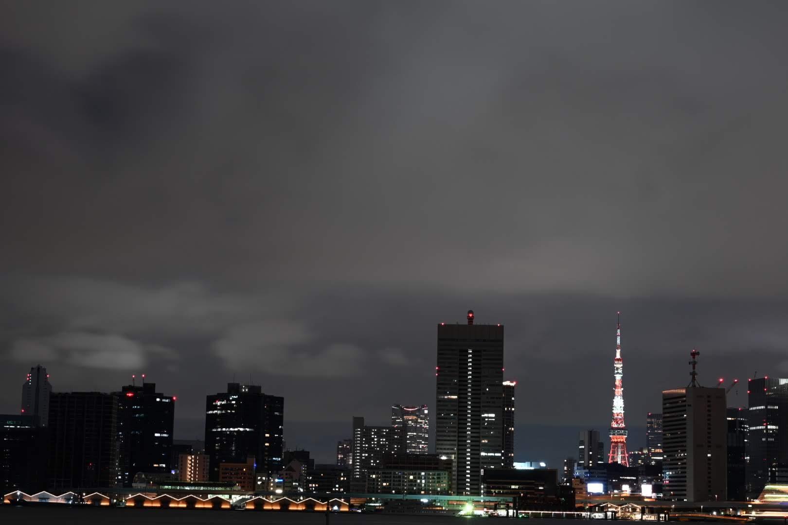 晴海埠頭から見える東京タワー